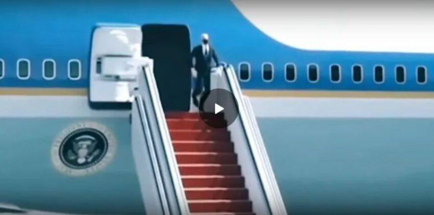 Avevamo mostrato Biden mentre saliva ma non vi avevamo mostrato mentre scendeva 😂😂