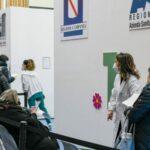 Napoli, oltre 500 prof e 100 vigili urbani disertano il vaccino con AstraZeneca