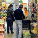 La bufala del medico che va al supermercato e vede un suo paziente positivo