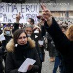 PRIMA EROI, ADESSO CAVIE, MEDICI E INFERMIERI SCENDONO IN PIAZZA A ROMA