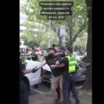 Australia, Melbourne : Proteste contro il passaporto vaccinale