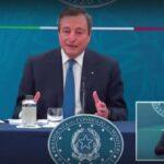 """Mario Draghi: """"Smettetela di vaccinare chi ha meno di 60 anni"""""""