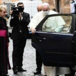 Papa: condividere proprietà non è comunismo, è cristianesimo allo stato puro
