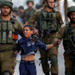 Arresti, torture, forza illegale contro i palestinesi: Amnesty International accusa la polizia israeliana