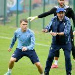 """Al ritiro della Lazio, scoppia il caso dei giocatori : """"Non vogliamo la dose di Pfizer"""""""