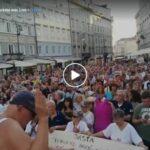 Trieste non si piega: cittadini manifestano contro la dittatura sanitaria