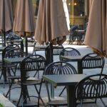 I ristoratori furiosi: con il Green pass i tavoli rimangono vuoti, è un disastro