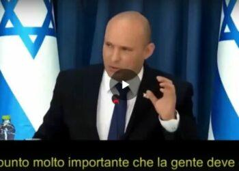 Bennett, primo ministro d'Israele : i non vaccinati non si ammalano perché si nascondono in casa