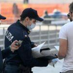 Polizia, dopo il caso Schilirò circolare agli agenti: «No a dubbi sui vaccini, obbligo di green pass»