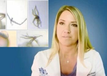 Stati Uniti, dr. Carrie Madej: il nuovi vaccini contro il covid sotto il microscopio, risultati scioccanti
