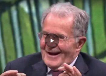 """Prodi euforico sul Green Pass : """"adagio adagio lo si estende e la gente si convince"""""""